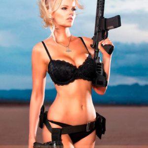 Vanquish Magazine - Girls with Guns – Zienna Eve 1