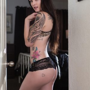 Vanquish Tattoo Magazine - June 2016 - Amba Lay 3