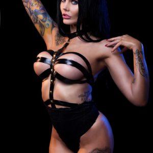 Vanquish Tattoo Magazine - May 2017 - Sophia Stace 6