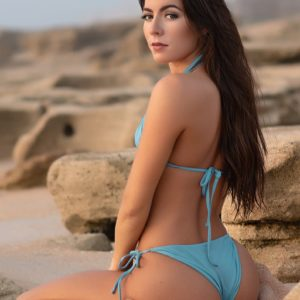 Vanquish Magazine - October 2018 - Julianna Nicole 3