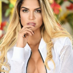 Vanquish Magazine - March 2019 - Alessandra Sironi 2